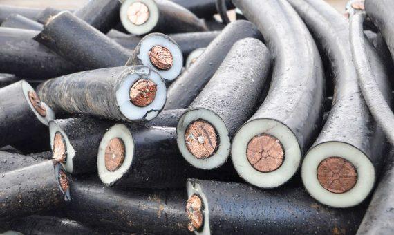 reciclatge cables llum
